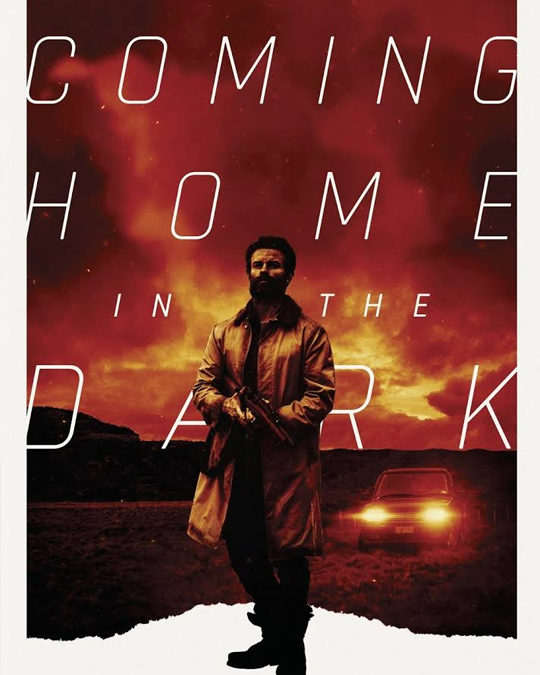 COMING HOME IN THE DARK – Tráiler V.O (SITGES 2021)